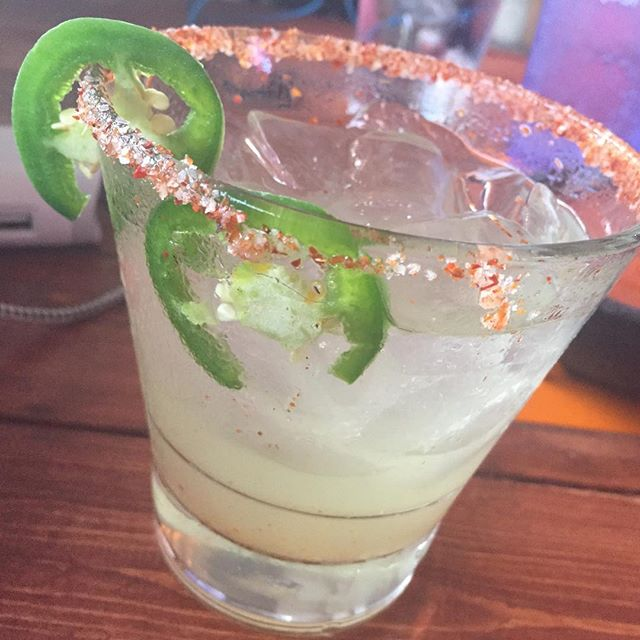 Hydrating after watching marching bands in the sun...my favorite jalapeño margarita #jalapenomargarita #downtownhotsprings #vinamorita