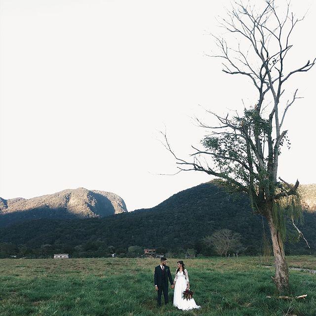 Acontecendo agora! Recém casados !! #nossoceleiro #destinationwedding #casamentonocampo #casamentodedia