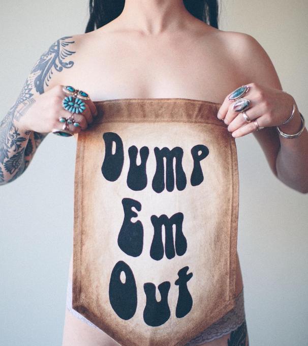 Dump Em Out