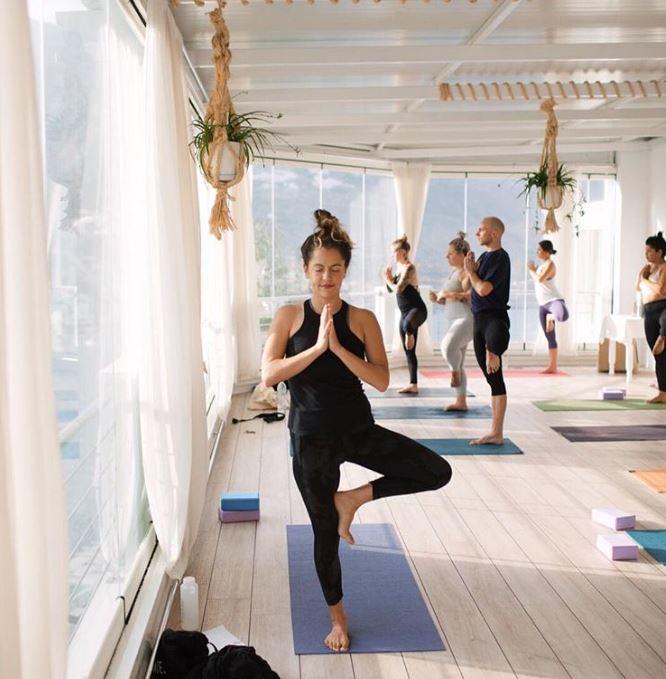 abbi yogi 2.JPG