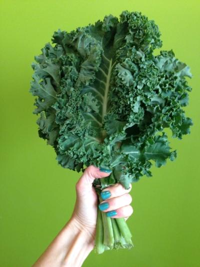 Kale,  one of the most runner-friendly, nutrient-rich foods – loaded with vitamins A, C, and K,  as well as iron and calcium. Toss a leaf in a smoothie, make a massaged kale salad or cook it in your favorite soup.
