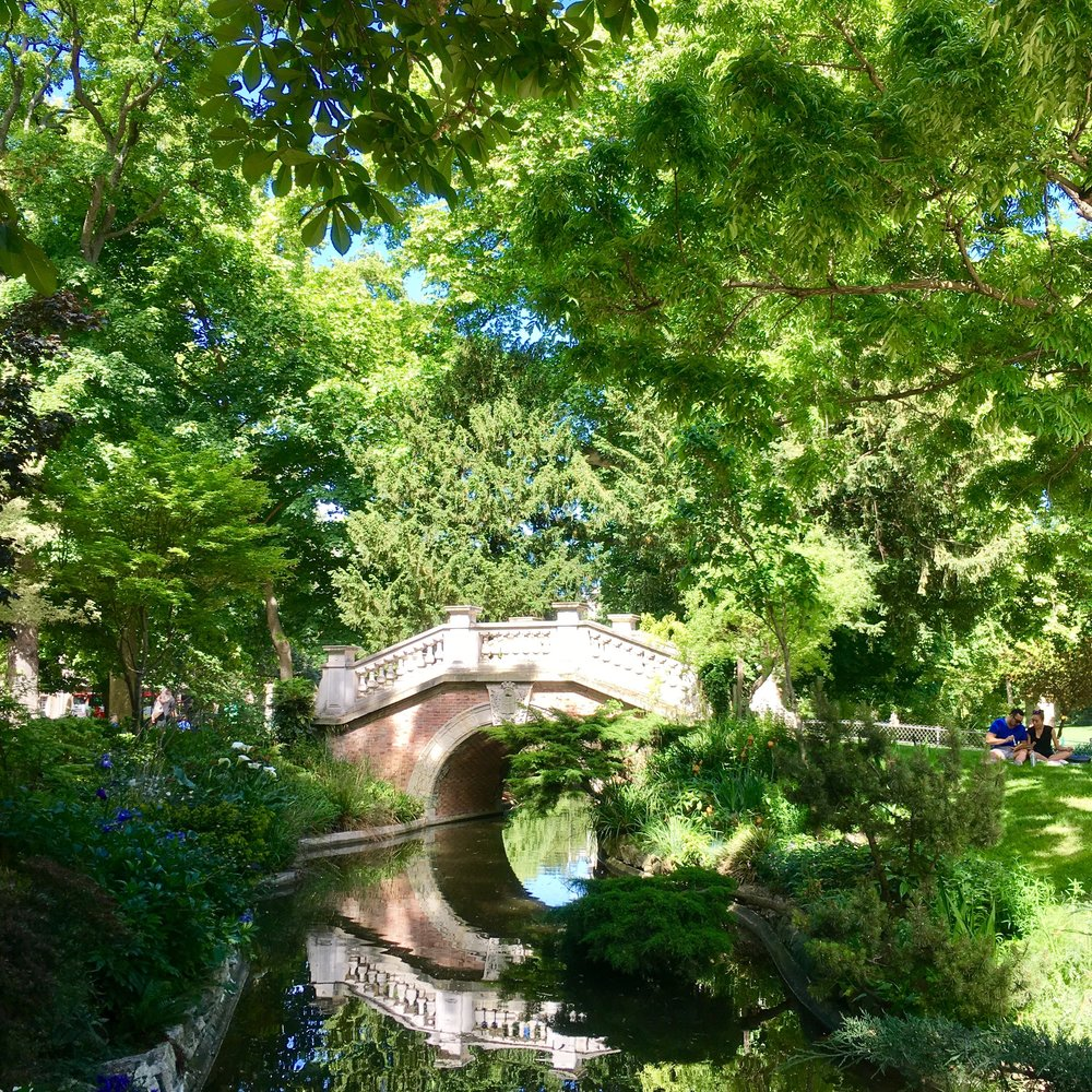 Bridge, Parc Monceau