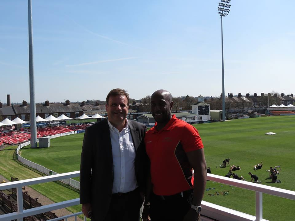 John Thorpe of Thorpes Joinery renews his commitments to Leicestershire County Cricket Club