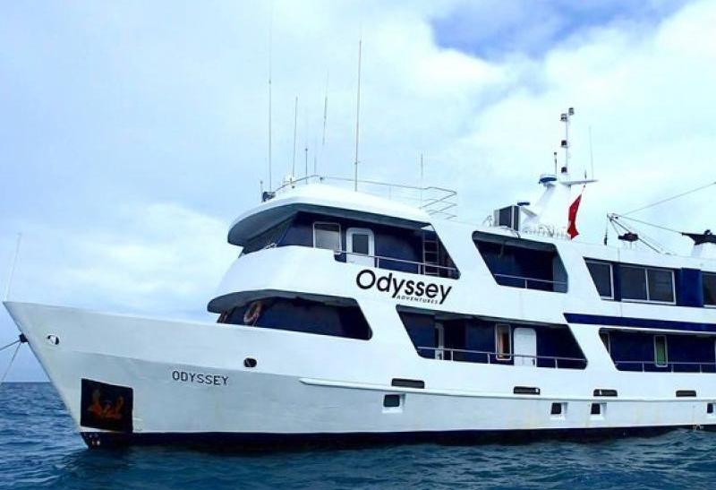 truk-odyseey-liveaboard-scuba-diving-in-turk-lagoon-chukk-1.jpg