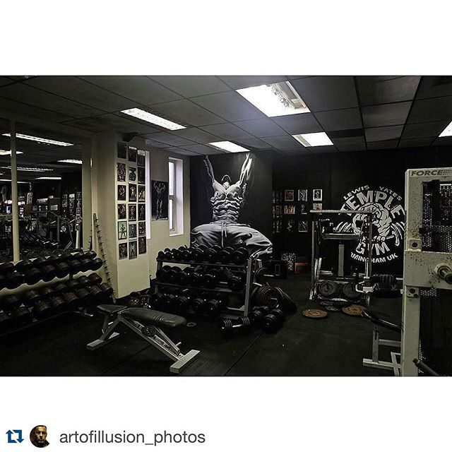 Real Gym - Real Results. @TempleGymUK Come lift some real weights ....! #Repost @artofillusion_photos with @repostapp. ・・・ #templegymuk #lewisyates #artofillusion #canonphotography #newgym #templegym #dorianyates #artofillusion #martintierney #LewisYates #Hardcore #Fitness #MMA #Speed  #Iron #Body #Fighter #BodyBuilding #BodyBuilder #Muscle #Birmingham