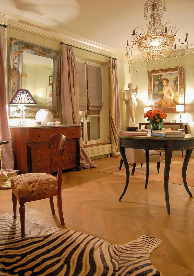 Paris-side-salon.jpg