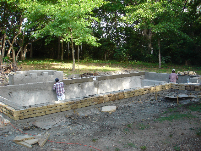 pool_construction_build_tile_coping.jpg