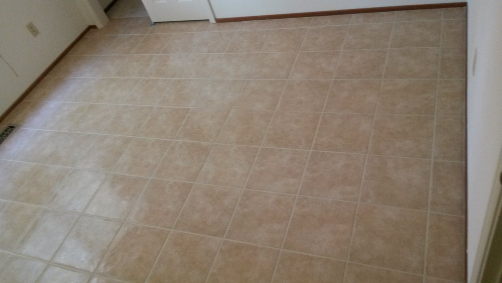 Bed Room Floor Tile Install.jpg