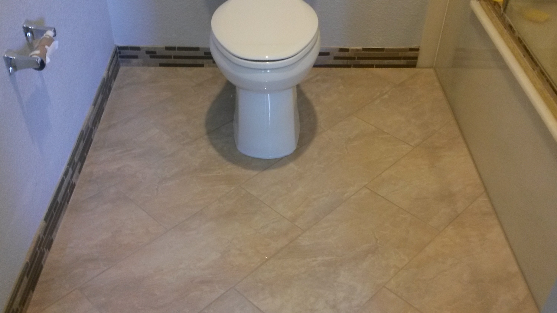 Bathroom advanced mobile tile diagonalrectangle marblefloorwglassmossaicbase dailygadgetfo Images