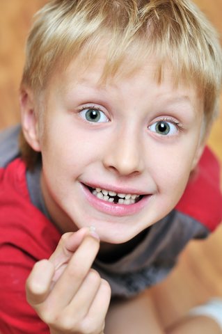 How-to-Handle-the-Tooth-Fairy-with-Children-Indianapolis-Indiana-Dentistry.jpg
