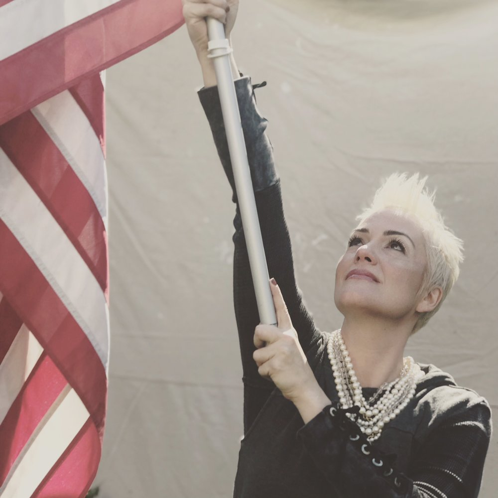 Shannon_America.jpg