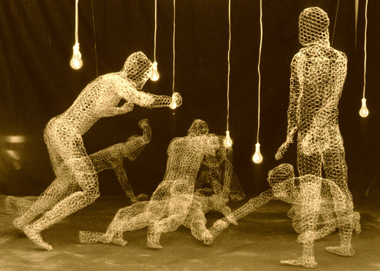 6_Carolee Thea,  A Sabine Woman , 1991, chicken wire, electrical wire, sockets, bulbs, sound, dimensions variable ©1991-2018. Carolee Thea. Courtesy of the artist