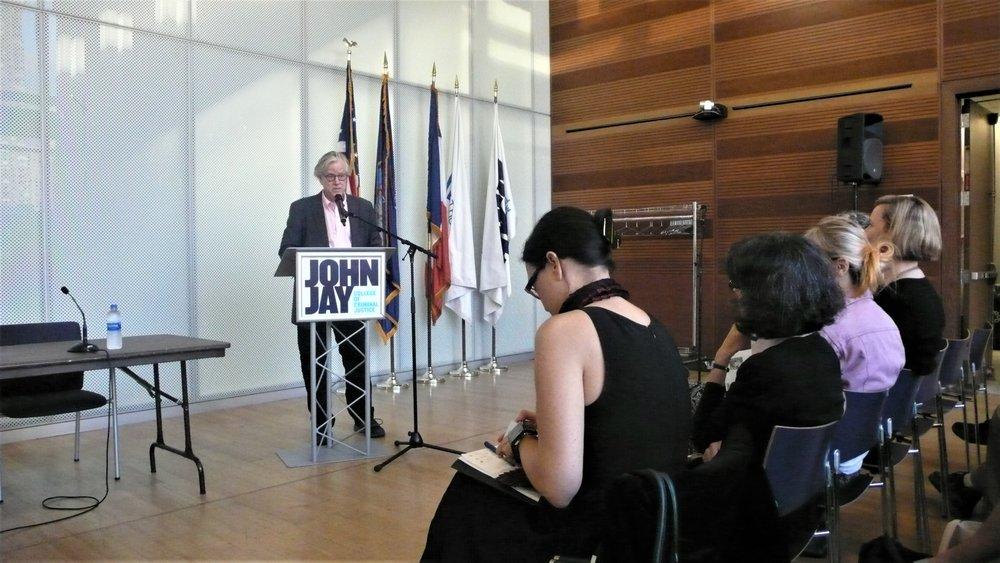 Bill Pangburn_The Un-Heroic Act_Symposium_Oct. 3 2018. Photo Jerzy Warman