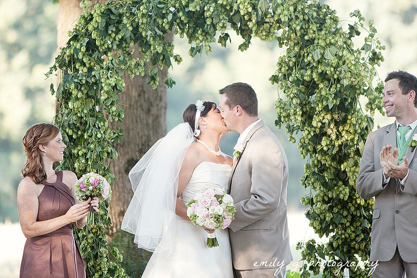 Bella Bloom Floral,  Arch with Hops., Photo by Emily G Photography