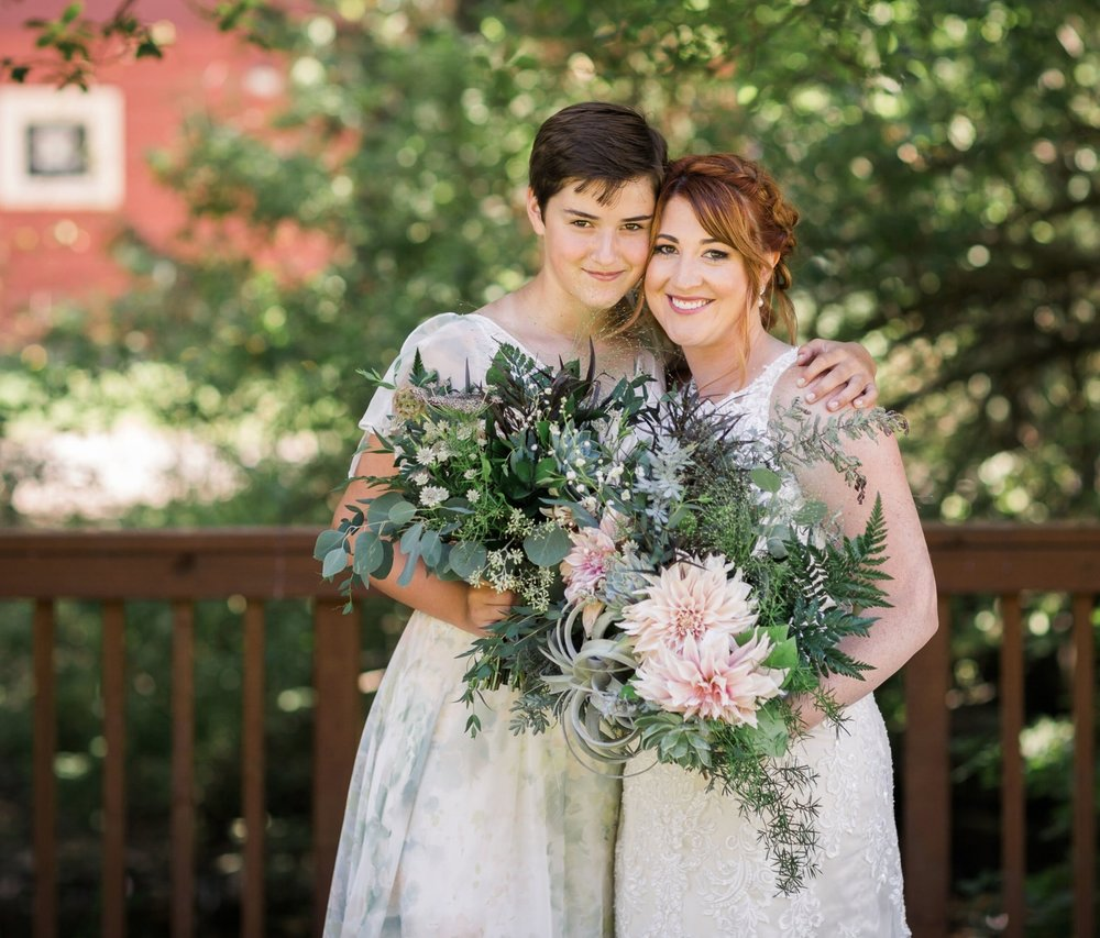 Dahlia, succulent & textured bouquets-Amy Galbraith Photography