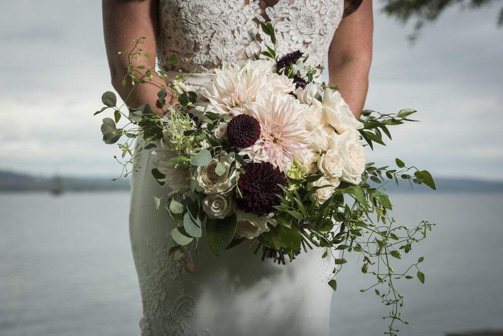 Bride's bouquet in blush & plum-IJ Photo