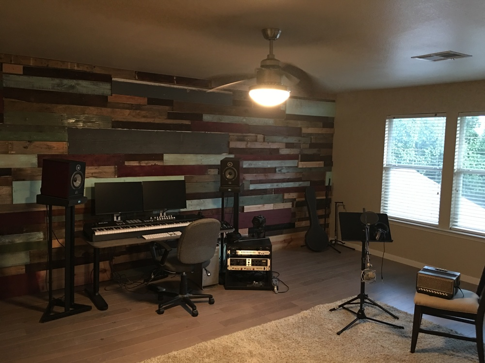 Wood wall is finished!