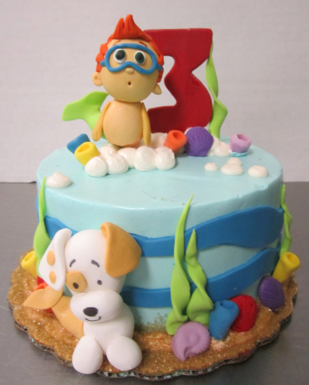 bubble guppies cake.jpg
