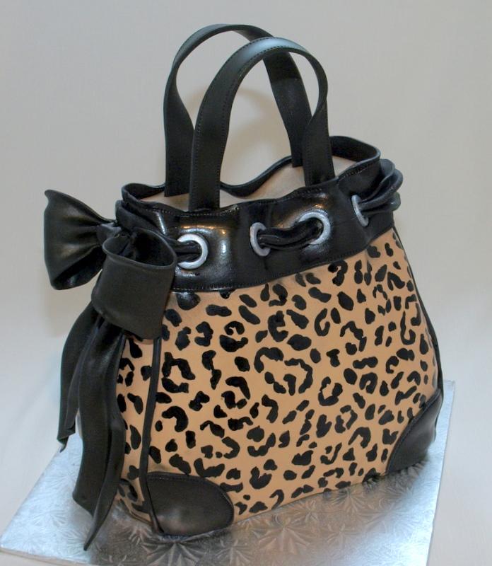 leopard_purse_cake.JPG