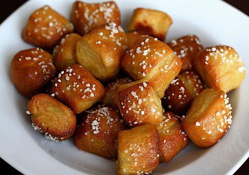pretzel bites.jpg