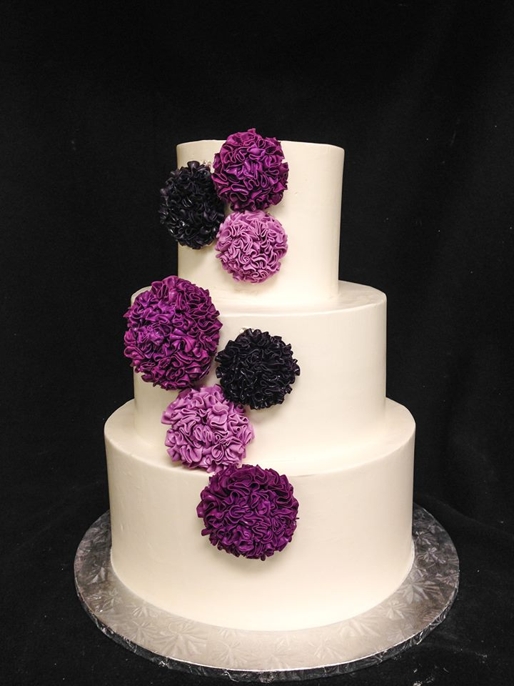 wedding cake-purple puff flowers.jpg