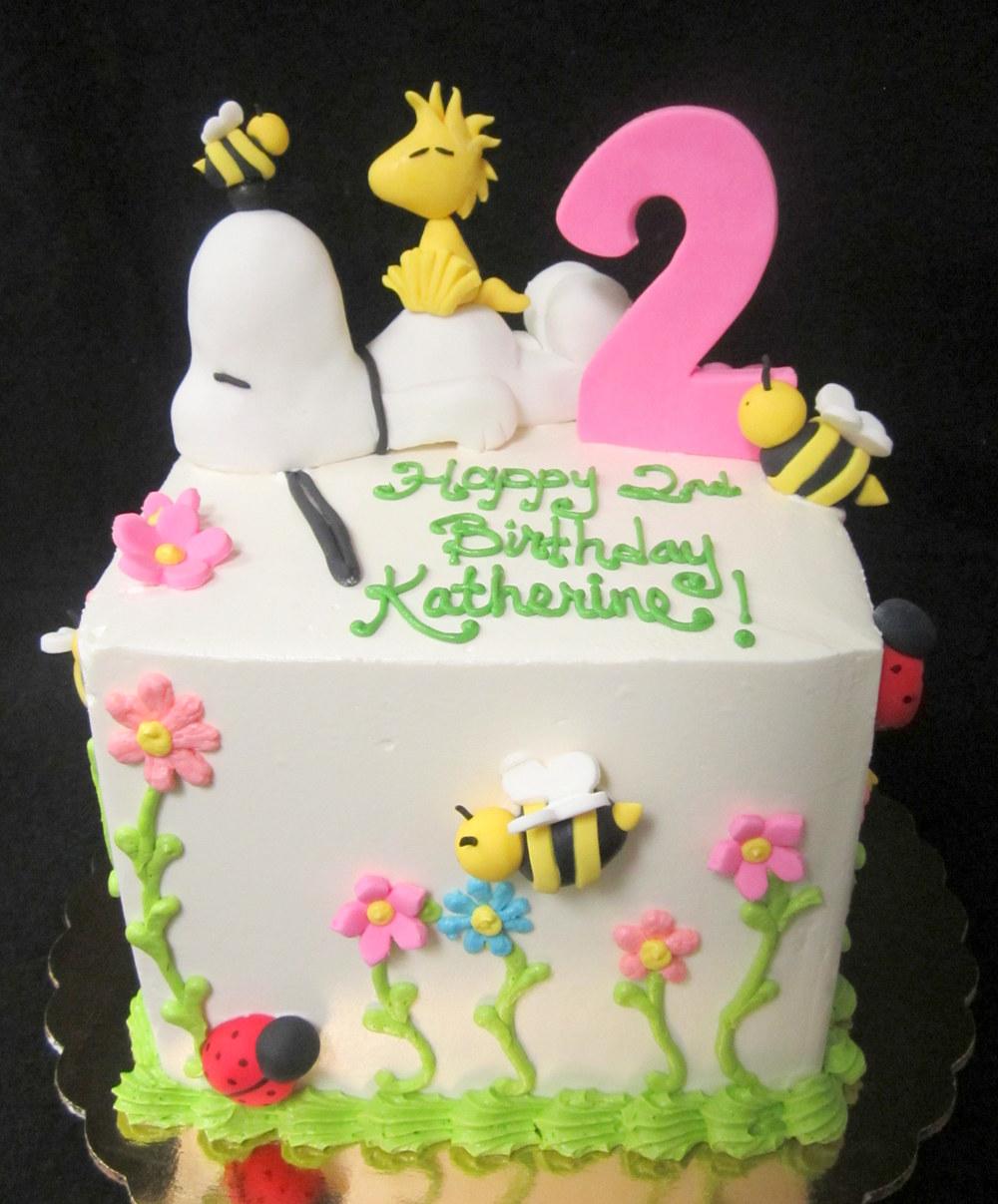 snoopy woodstock cake.jpg