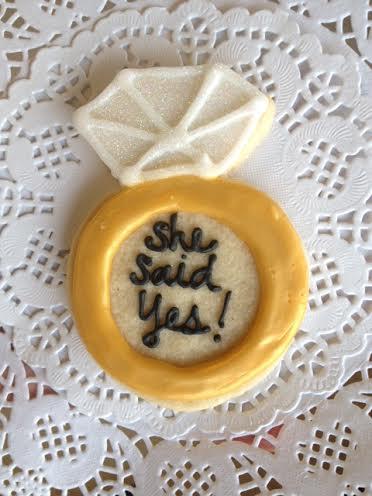 engagement ring cookie.jpg