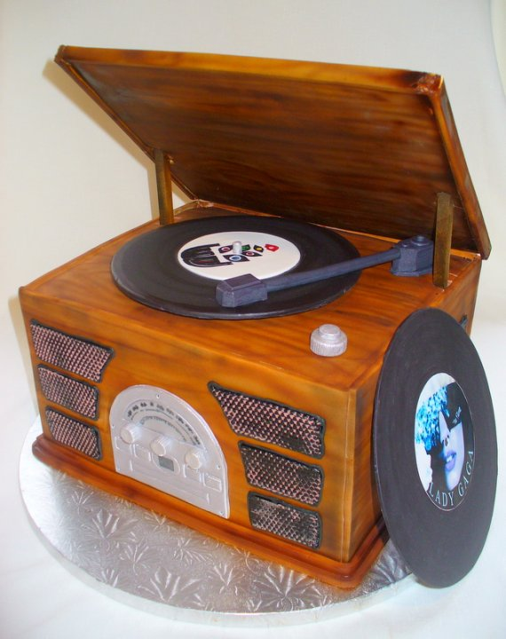 record player in wooden box.jpg
