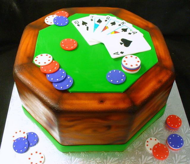 poker_table_card_game_cake.JPG