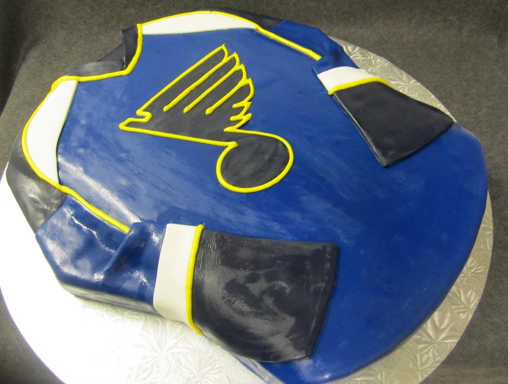 st. louis blues jersey cake.jpg