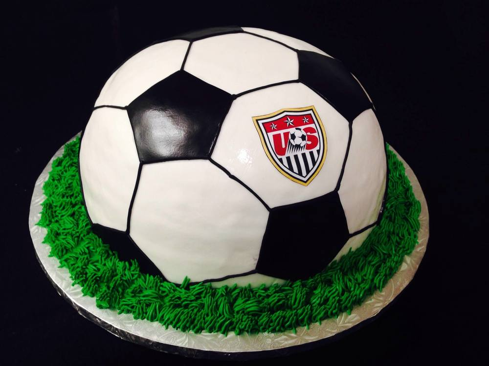 soccer ball 3d with grass and logo cake.jpg