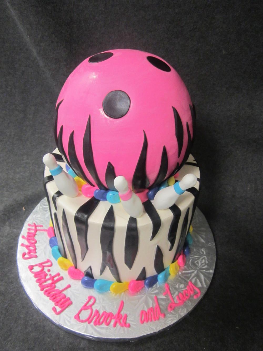 bowling ball with zebra stripes.JPG