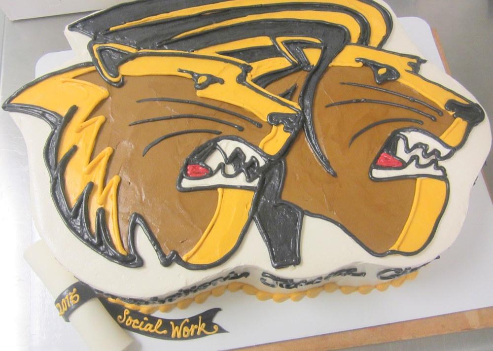 lindenwood grad cake.jpg