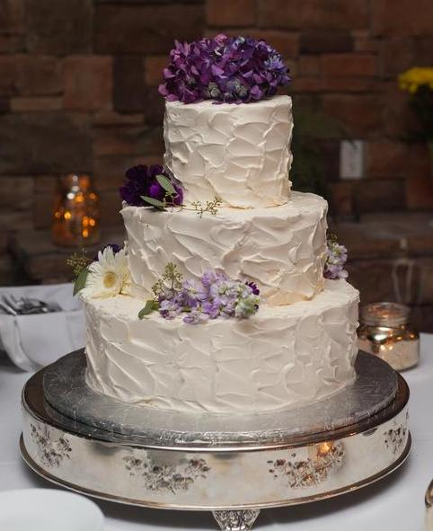 textured cake with flowers.jpg