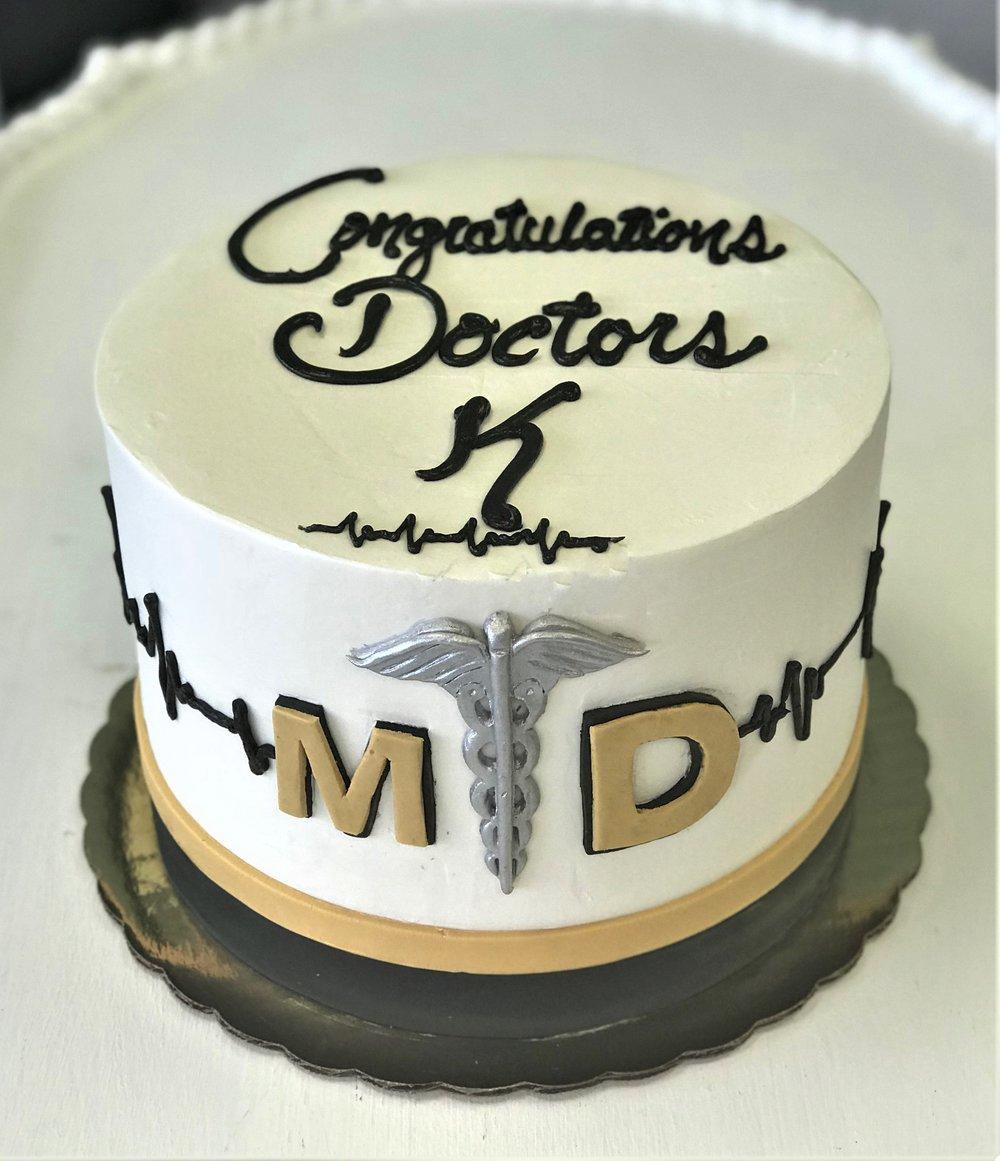 grad cake MD.jpg