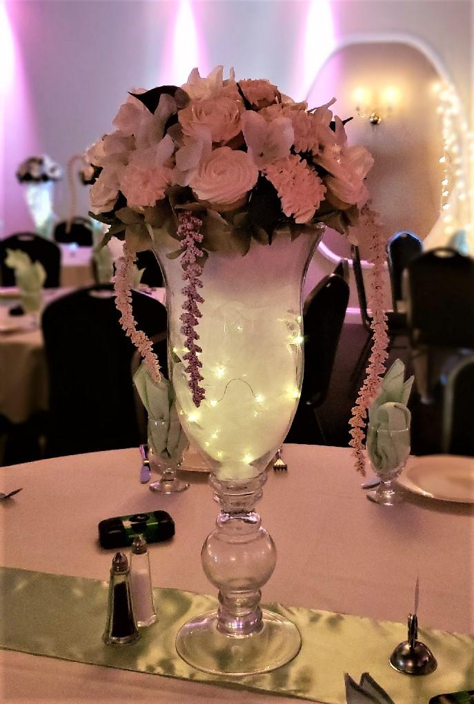 wedding table centerpiece.jpg