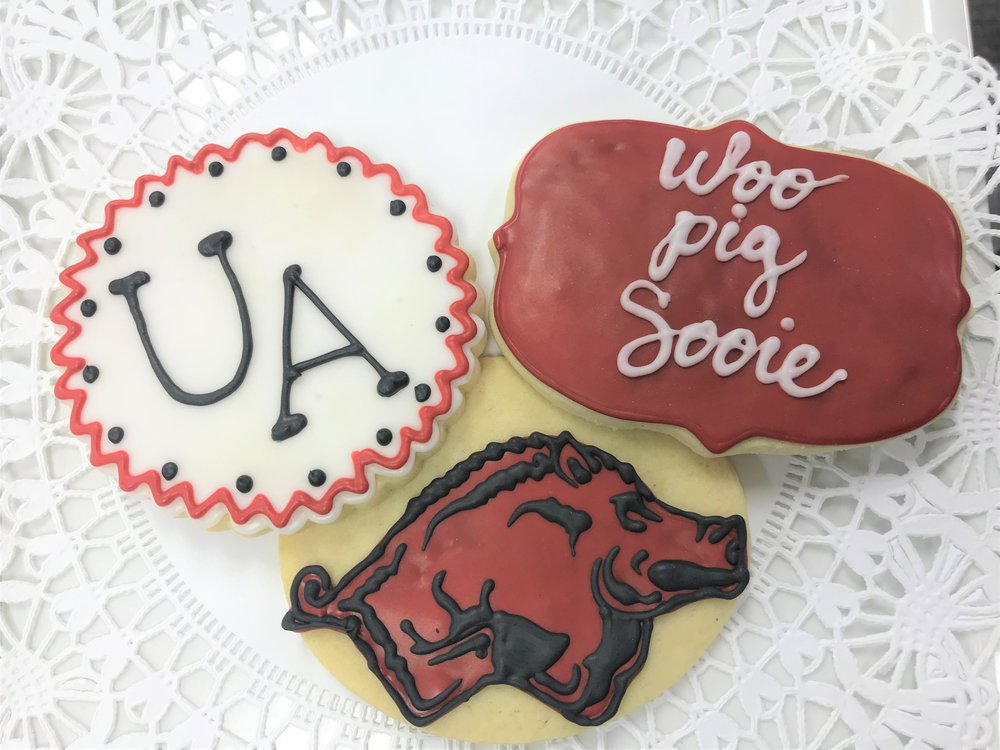 arkansas grad cookies.jpg