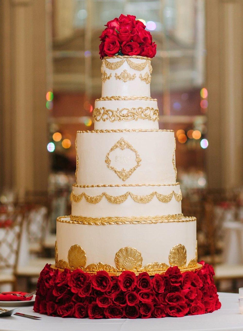 gilded gold wedding cake2.jpg