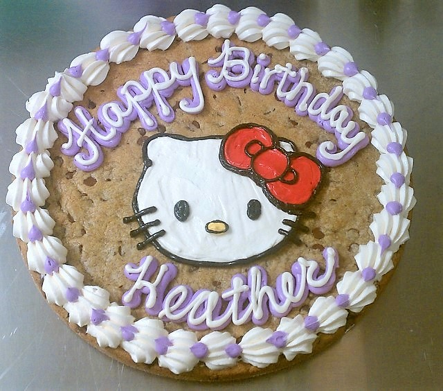 cookie-hello_kitty_face.jpg