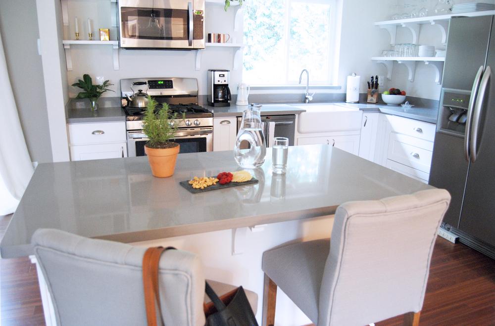 m+J kitchen.jpg