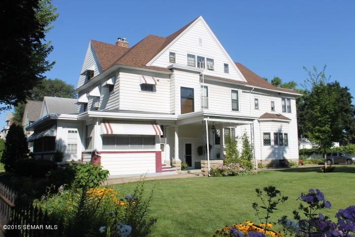 Winona Recovery House, 730 W 6th St, Winona, MN 55987.
