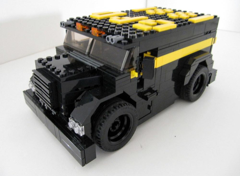 Gotham Police Dept Truck