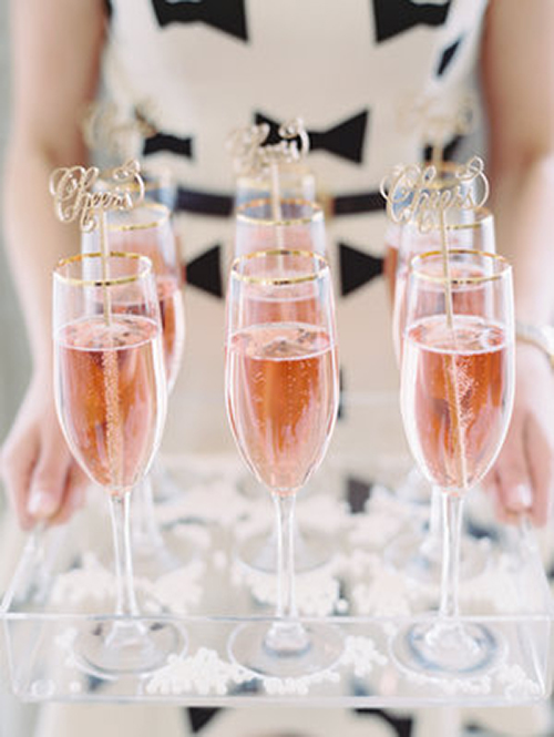 welcome-drinks-pink-champagne-2.jpg