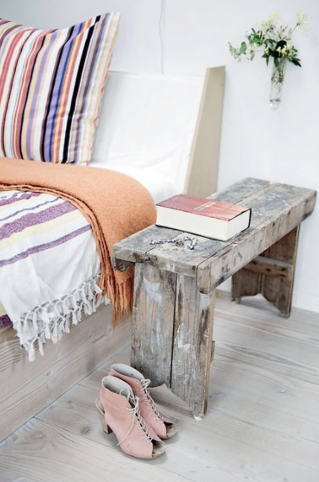 20 Things Every Guest Room Needs || wwwstudio7creative.co