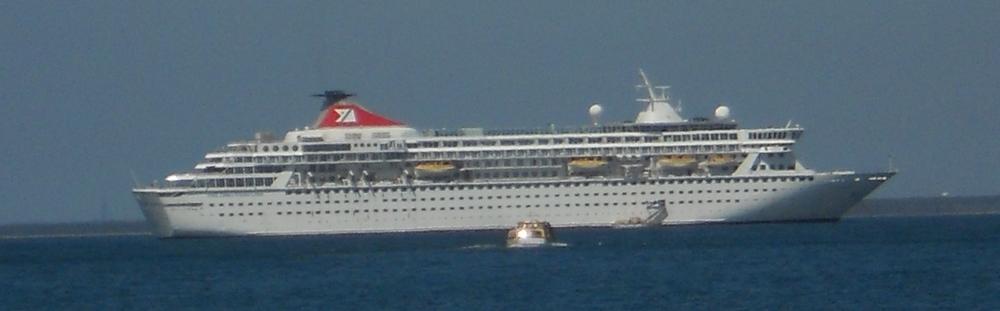 balmoral-cruise-ship.jpg