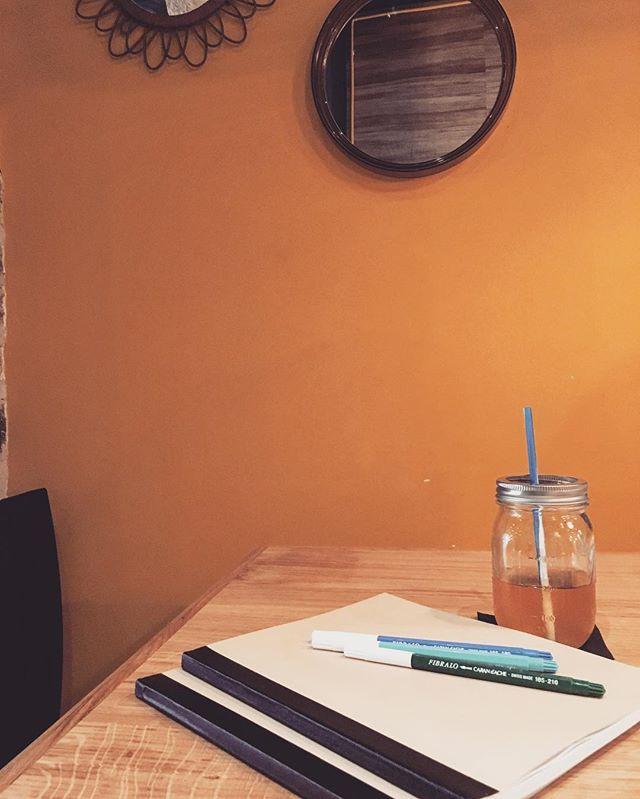 Les cahiers H sont de sortie chez Slake ! On prépare la rentrée 😀 #slakecoffeehouse