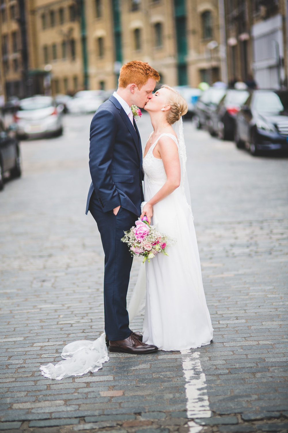 Sam+Ruth_London_Dickens_Inn049.jpg