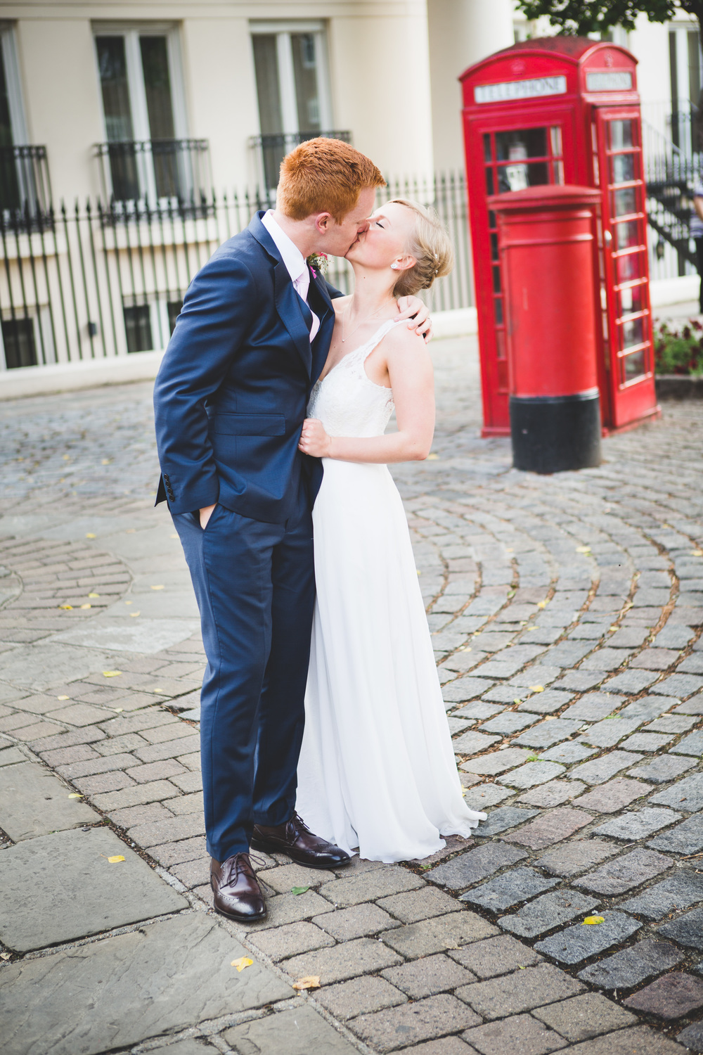 Sam+Ruth_London_Dickens_Inn064.jpg