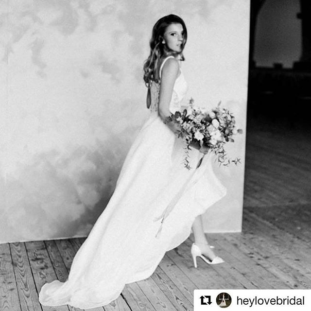 """💕Repost from @heylovebridal with our """"Audrina"""" #bridalshoes ・・・ Uuuuuuuhhhh this is amazing 🙌 a great shooting with many creative people involved. Check it out on @hochzeitswahn today. The dress and top are from our lovely label from NYC @sarahseven. Get inspired! With @kittyfriedphotos @doreenwinking @juliahflowers @momentini.de @sweetdiva_tortencouture @felicitasbrunnermakeup #hochzeitswahn #bridalcouture #brautstyling"""
