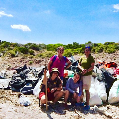 Best team ever is killing it!!!!! #yeswerock #ecolovers #volunteering #skala